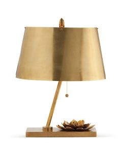 This Corsage Vintage Brass Table Lamp By Arteriors Home is designed with vintage brass leaves and an oval shade. Luxury Table Lamps, Brass Table Lamps, Brass Lamp, Chandeliers, Modern Chandelier, Luxury Lighting, Interior Lighting, Global Home, I Love Lamp