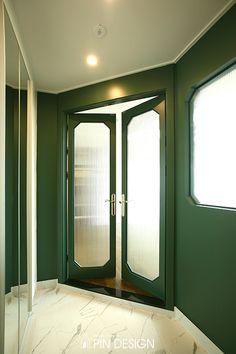 염창동 휴먼빌 APT 32py[핀디자인] Contemporary Front Doors, Modern Front Door, Wood Front Doors, Painted Front Doors, House Front Door, Glass Front Door, Sliding Glass Door, Front Door Paint Colors, Front Door Design
