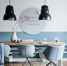 Project Deborah, een kleuradvies voor woonkamer en eetkamer. #woonkamer #eetkamer #behang #zwartwit Cosy Interior, Kitchen Interior, Interior Styling, Interior Design, Dining Room Colors, Home And Deco, Living Room Inspiration, Office Interiors, Decoration