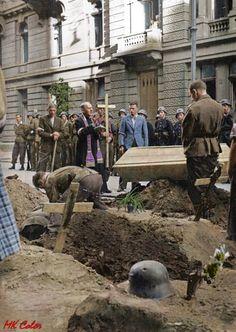 Alicja (@sr_alicja) | Twitter Poland Ww2, Polish Government, Warsaw Uprising, Warsaw Ghetto, World Conflicts, The Third Reich, Vietnam War, World War Two, Planet Earth