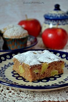 Szybkie ciasto i muffiny z jabłkami, bez miksera - Słodki Pomysł Polish Recipes, Apple Cake, Something Sweet, Raspberry, Deserts, Lemon, Food And Drink, Cooking Recipes, Sweets