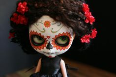 Day of the Dead Dia de los Muertos Blythe doll skull mask. Description from pinterest.com. I searched for this on bing.com/images