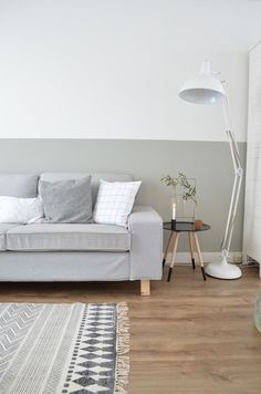 Half painted walls for a chic interior.