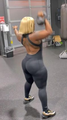 Dumbbell Workout Routine, Gym Workout Videos, Fitness Workout For Women, Fitness Tips, Belly Pooch Workout, Youtube Workout, Baby Workout, Slim Waist Workout, Fit Board Workouts
