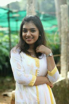 Nazriya Nazim Latest HD Photoshoot Stills - Most Beautiful Bollywood Actress, Bollywood Actress Hot Photos, Beautiful Actresses, Cute Girl Photo, Beautiful Girl Photo, Beautiful Girl Indian, Girl Pictures, Girl Photos, Hd Photos