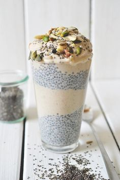 Chia pudding mit Bananen-Zimt Eiscreme.... Yes please!