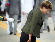 Dilma apunhalada