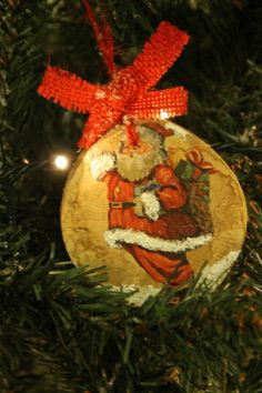 """Santa Claus"" Wooden Ornament #decoupage #handmade #christmastree"