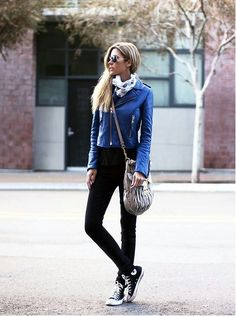 Daily look with sneakers