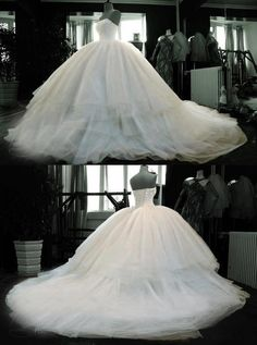 MEU VESTIDO! KK SUPER GRANDE!!!!!!! *Catch breath* Wedding Wednesdays: Favorite Bridal Gowns! www.sweetswithfreaks.blogspot.com