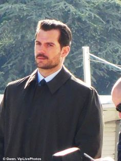 Henry Cavill News: Paris Set Pics Keep Coming: More As Production Moves To NZ