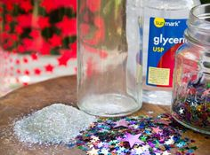 My girls are in love with these sparkly, whimsical magic bottles! Science For Kids, Activities For Kids, Crafts For Kids, Arts And Crafts, Diy Crafts, Recycled Crafts, Preschool Crafts, Magic Bottles, Sensory Bottles