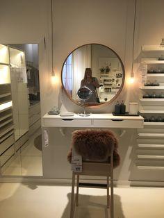 Small Room Bedroom, Room Ideas Bedroom, Bedroom Decor, Ikea Dressing Table, Bathroom Design Luxury, Ikea Hack, Aesthetic Room Decor, Beauty Room, New Room