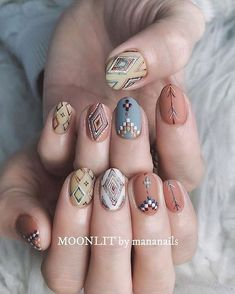 These fabulous nail art designs are super unique and so boho, these will give you the trendy looks and give your nails a whole new edge to them. These designs below and next page include different shades like glitter pink, clear nails with etc. Cute Nail Art, Cute Nails, Pretty Nails, Clear Nails, Gel Nails, Acrylic Nails, Gradient Nails, Toenails, Purple Nails