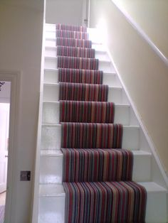 Patterned Stair Runner. Image courtesy of nikkibs.com. Apply cool patterned carpets to your home with Dzinesteps.com!