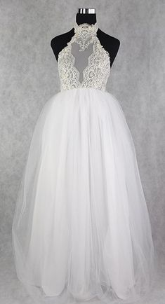 70e9caefc9e Lisa Nieves White Tulle / Beaded Lace Bridal Gown Formal Wedding Dress Size  8 (M. Tradesy