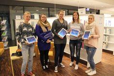 Ensimmäiset tabletit lainattiin Porvoon Laurea-kirjastosta. Opiskelijoiden käyttäjäkokemuksia odotellaan. // The first tablets were borrowed from the Laurea Library Porvoo. The students' user experiences are being waited for.