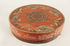 Norwegian Rose Painted Box from 1819 - Dia.34cm - NOK 2.000 | From THE ESSENCE OF THE GOOD LIFE™    http://www.pinterest.com/ConceptDesigner/   https://www.facebook.com/pages/The-Essence-of-the-Good-Life/367136923392157