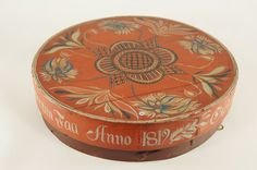 Norwegian Rose Painted Box from 1819 - Dia.34cm - NOK 2.000 | From THE ESSENCE OF THE GOOD LIFE™    http://www.pinterest.com/ConceptDesigner/   https://www.facebook.com/pages/The-Essence-of-the-Good-Life/367136923392157