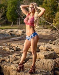 Tiny women big tits 2560
