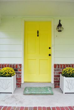 Almost Impossible to find a perfect yellow toned paint for a front door.. but I'm loving this one