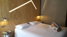 Chambre double Chamonix, Refuge, Bed, Furniture, Home Decor, Double Room, Modern, Decoration Home, Stream Bed