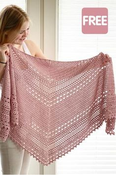 Crochet Shawl free pattern: Bella Vita Shawl by Wilmade - - Looking for a free crochet shawl pattern? Here you can find one of my most popular triangle shawl patterns called Bella Vita Shawl. One Skein Crochet, Beau Crochet, Crochet Shawl Free, Crochet Shawls And Wraps, Crochet Scarves, Crochet Clothes, Crochet Hats, Crochet Summer, Free Knitting