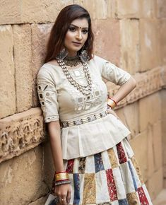 India's Most Loved Chaniya Choli Designs for Navratri - LooksGud. Choli Blouse Design, Choli Designs, Lehenga Designs, Kurta Designs, Saree Blouse Designs, Garba Dress, Navratri Dress, Lehnga Dress, Navratri Garba