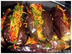 Квашеные баклажаны, фаршированные свежими овощами
