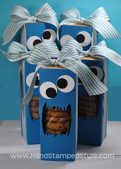 Stampin' Up! Tag a Box Cookie Monster Treat Box For Hostess Club Member created by Hand Stamped Style Monster Treats, Cookie Monster Party, Monster Box, Monster Eyes, Cute Gifts, Diy Gifts, Treat Holder, Treat Box, Diy And Crafts