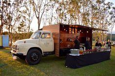 The Bedford Bar at a Tablelands Wedding near Yungaburra, Queensland, Australia #mobilebar #truckbar #weddinginspo #rusticwedding #queenslandwedding #australianwedding #weddingbar