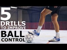 5 Individual Drills to Improve Tight Space Control Soccer Dribbling Drills, Football Training Drills, Football Workouts, Kids Soccer, Soccer Ball, Soccer Stuff, Volleyball Tips, Volleyball Setter, Volleyball Shirts