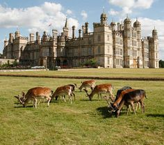 Burghley House is a country house built for Sir William Cecil, later Baron Burghley, Lord High Treasurer to Queen Elizabeth I, between 1558 and 1587 and modelled on the privy lodgings of Richmond Palace. It was the residence of Cecil's descendants. Stamford Lincolnshire, Lincolnshire England, English Manor Houses, English Castles, Beautiful Castles, Beautiful Buildings, Beautiful Architecture, Richmond Palace, England Houses