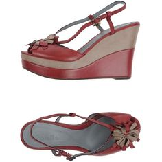 Manila Grace Sandals ($174) ❤ liked on Polyvore featuring shoes, sandals, maroon, wedges shoes, leather buckle sandals, leather sandals, leather sole sandals y leather wedge sandals