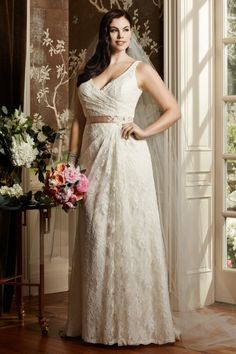 Plus Size Wedding Gown - Easily add sleeves! Wtoo Curve Plus Brides Eloise Gown Style 13118   Watters.com