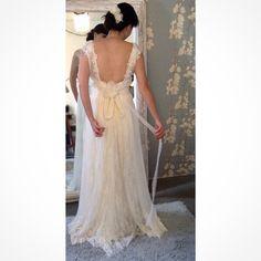 Última prova da nossa noivinha Paula. Wedding Dress Atelier Carla Gaspar.