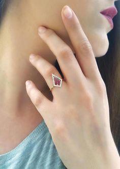 Pink Tourmaline ring, Unique engagement ring, Rose Gold Engagement ring, Pave halo diamond ring, Geometric gemstone ring, Rhombus, Wedding diamond ring, 18K Rose Gold Tourmaline Ring.  Stunning statement engagement ring with a geometric shape. Set with a unique tourmaline in the center, in