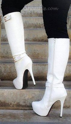 Courtlike Pure Color Buckle Decorated Knee High Boots
