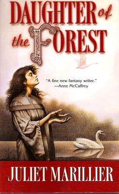 *el libro*Daughter of the Forest (Sevenwaters, *PDF* Descarga gratuita de libros Juliet Marillieraaspcaa Juliet Marillier, Books To Read, My Books, Forest Book, Dark Fairytale, New Fantasy, Books For Teens, Retelling, Book 1
