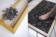 River Rock Doormat Tutorial - I want a black rock doormat or even bathmat so bad! Super simple, no tutorial needed - but here's one anyway.