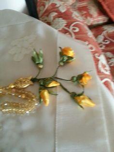 Sarı  gonca çiçek