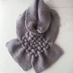 Écharpe col tour de cou capuche croisée tricotée laine homme femme ado  mixte. Un grand marché 09383fc29d6