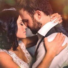 Kari Jobe's wedding. Sweet shot!!!
