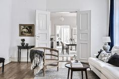 Lovely Deco: Un grand appartement traversant
