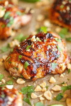 Easy Thai Chicken So sticky, so tender, so moist and just packed with so much flavor. And it's an easy peasy weeknight meal, made in 30 min or less! Full recipe from damn delicious Asian Chicken Recipes, Chicken Thigh Recipes, Asian Recipes, Healthy Recipes, Thai Recipes, Thai Chicken Thighs Recipe, Healthy Breakfasts, Thai Chicken Marinade, Blue Crab Recipes