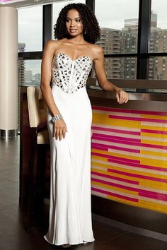 Dignified Sweep Train Sleeveless Sweetheart Natural Evening Dresses