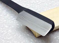 Straight Razor Shaving Kit, Shaving Razor, Japanese Straight Razor, Japanese Carpentry, Japanese Blades, Close Shave, High Carbon Steel, Chef Knife, Knives And Swords