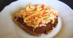 Aneta Goes Yummi: Jednoduchý a pritom dokonalý zelerovo-mrkvový šalát Celeriac, Carrots, Salads, Food And Drink, Pie, Cheese, Cooking, Desserts, Torte