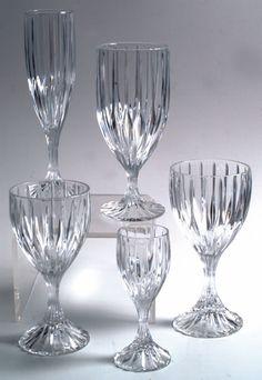 Mikasa Parkland Crystal I have: 4 Flutes 2 Iced Tea 8 Water 2 Wine