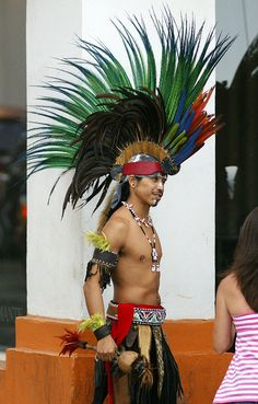 Puerto Vallarta aztec dancer with colorful feather headdress. You can actually see these dancer in Old Town and it's really something to see because they are GOOD! Conquistador, Maya, Aztec Culture, Mexico Culture, Feather Headdress, Colorful Feathers, World Photography, Mexican Art, Puerto Vallarta